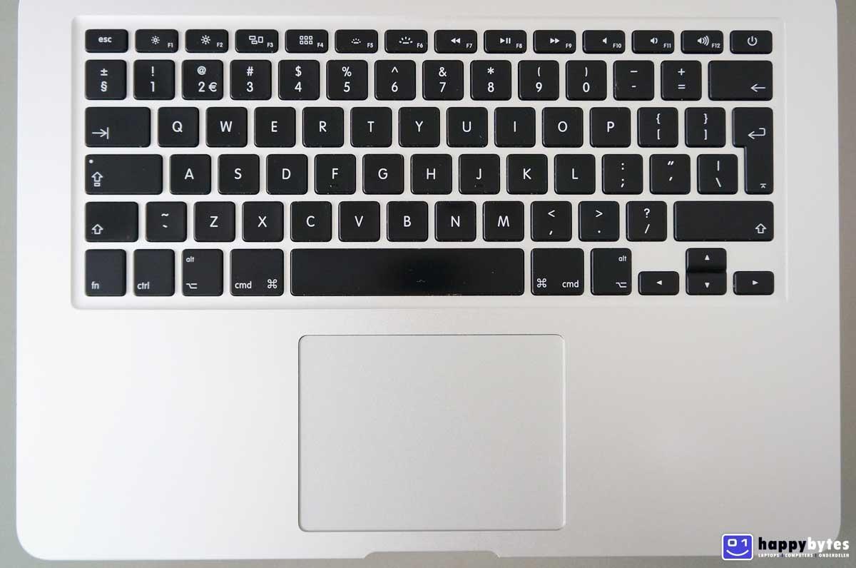Apple_MacBook_Air_13_inch_A1466_2_1200x796