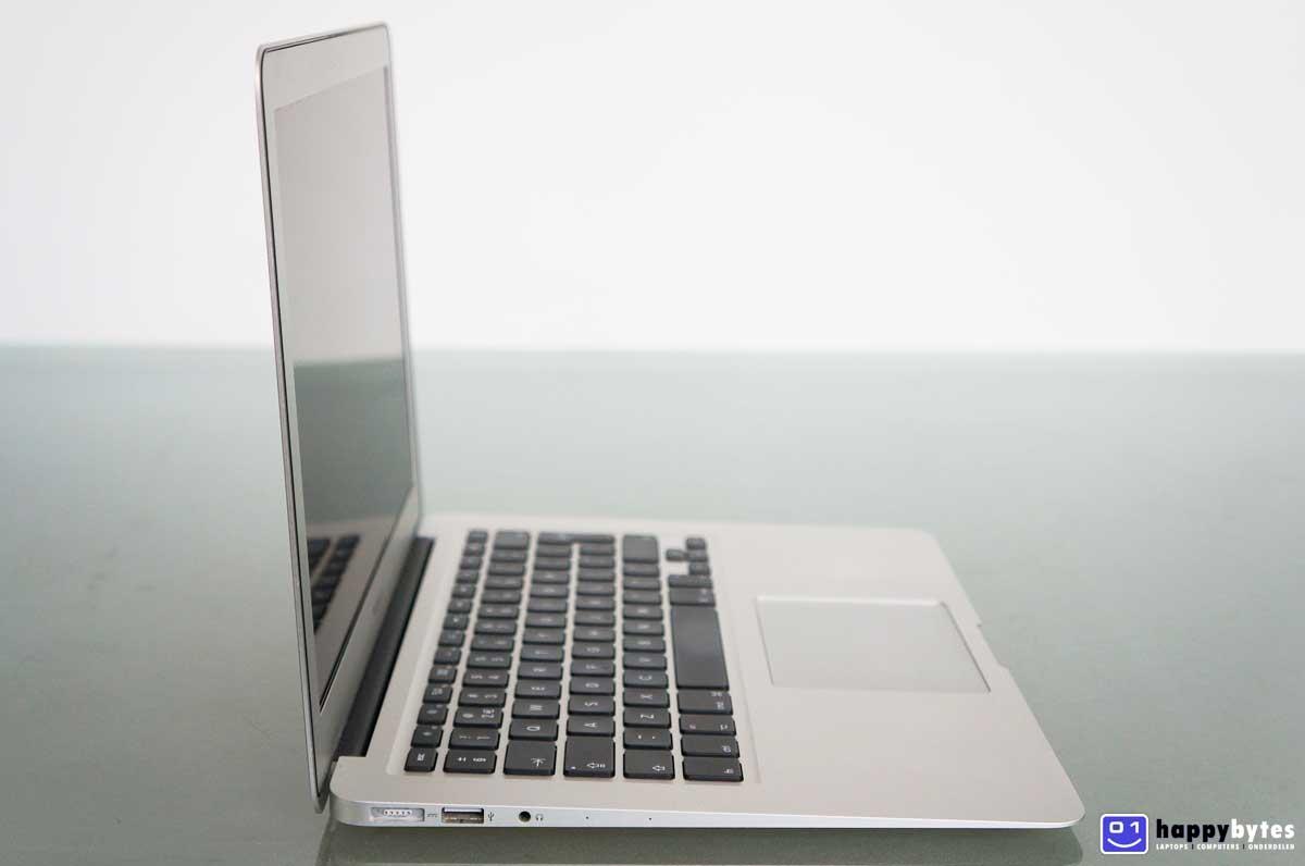 Apple_MacBook_Air_13_inch_A1466_3_1200x796