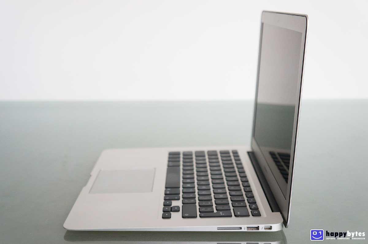 Apple_MacBook_Air_13_inch_A1466_4_1200x796
