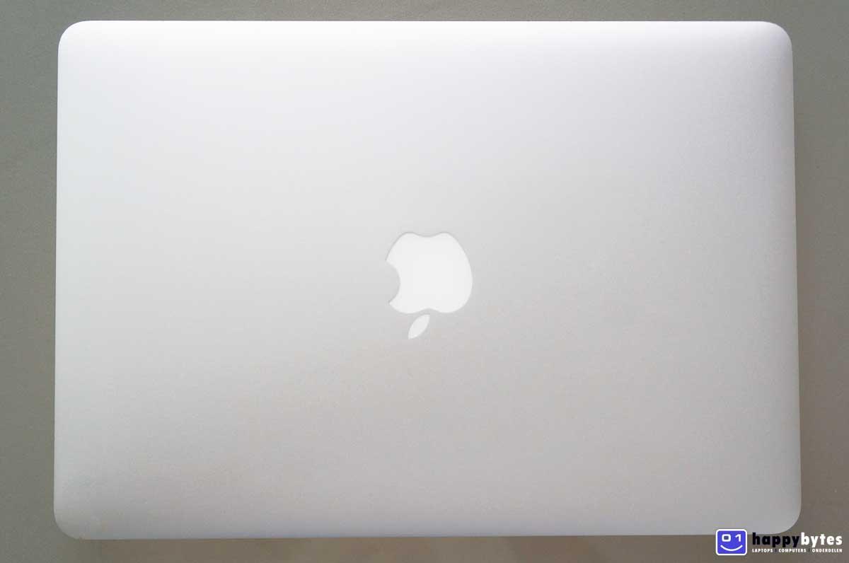 Apple_MacBook_Air_13_inch_A1466_5_1200x796