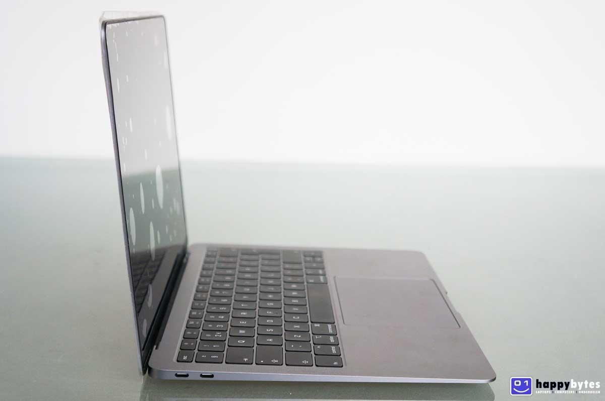 Apple_MacBook_Air_13inch_A1932_3_1200x796